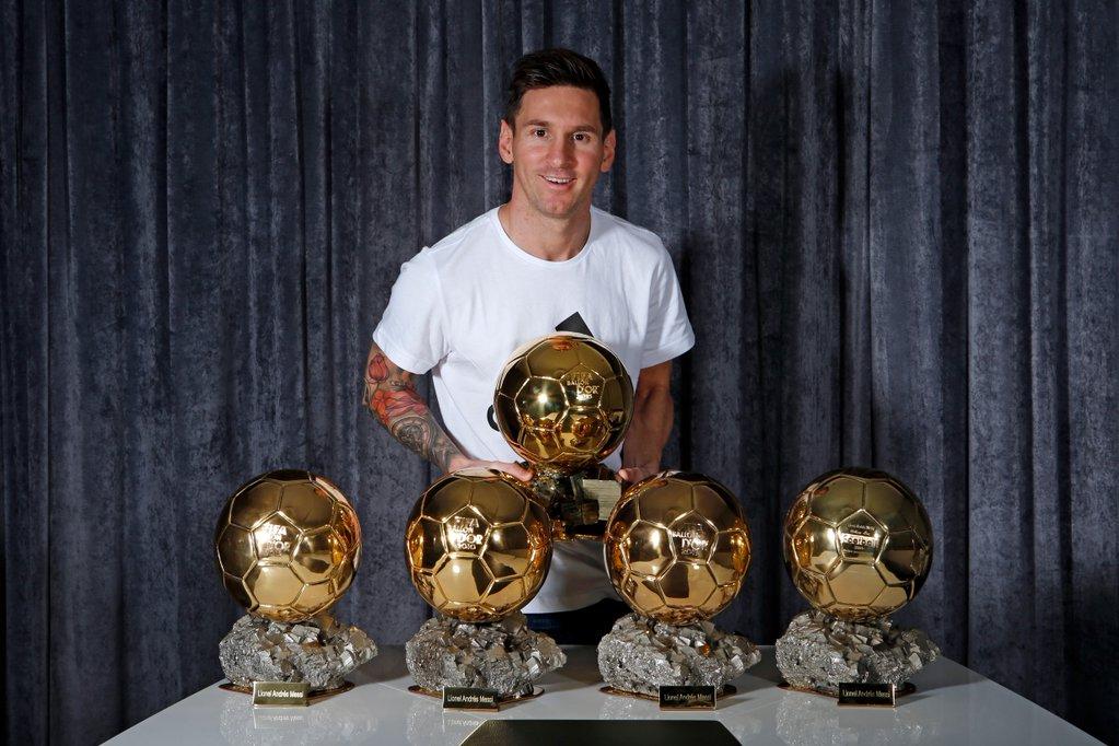 Лионель Месси - пятикратный обладатель «Золотого мяча» лучшего футболиста Европы
