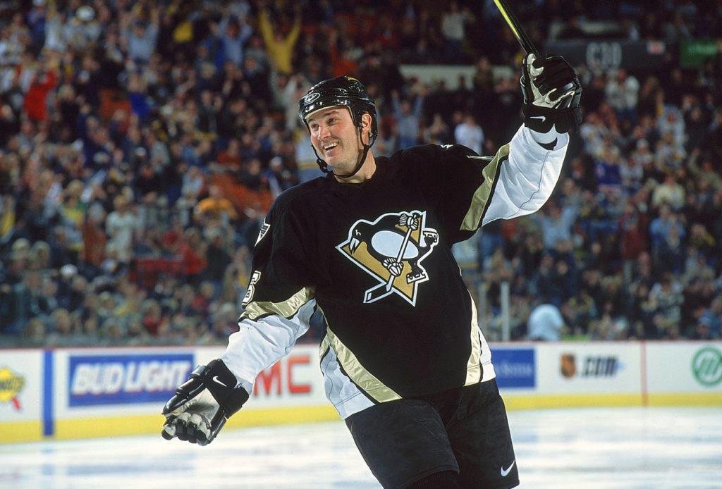 Марио Лемье после возвращения в хоккей