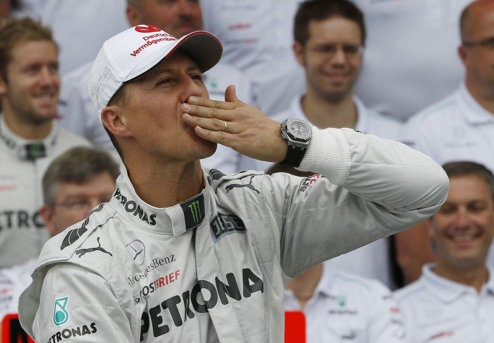 Михаэль Шумахер заканчивает карьеру пилотом Mercedes-Benz (2012)
