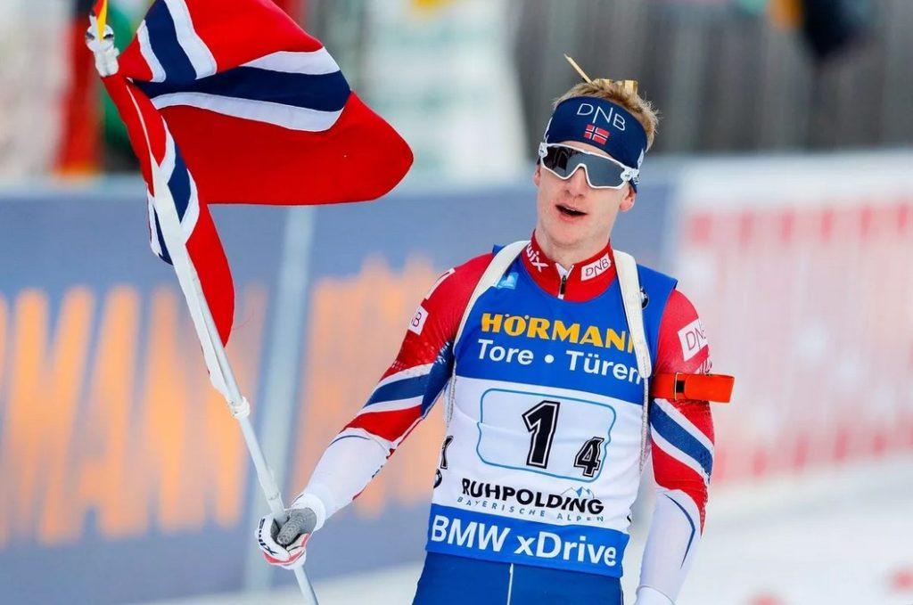 Йоханнес Бе приносит победу сборной Норвегии в эстафете