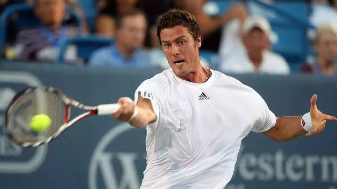 Марат Сафин - сильнейший российский теннисист 2000-х годов
