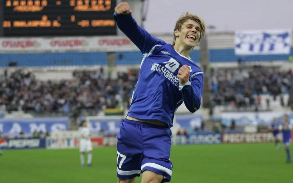 Александр Кокорин празднует первый гол за московское «Динамо» (2008)