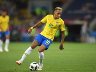 Неймар - лидер сборной Бразилии