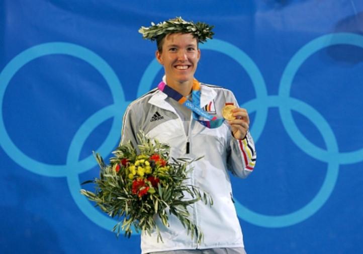 Жюстин Энен - олимпийская чемпионка 2004 года
